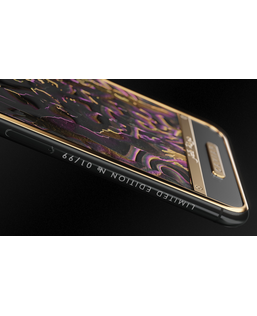 iPhone Xs Qatar by Caviar
